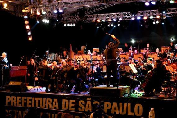jon-lord-orchestra-vc-2009-jpg